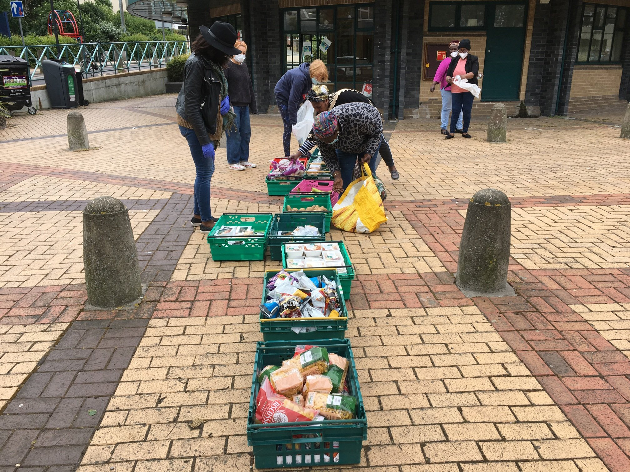Wheely Tots outdoor food bank